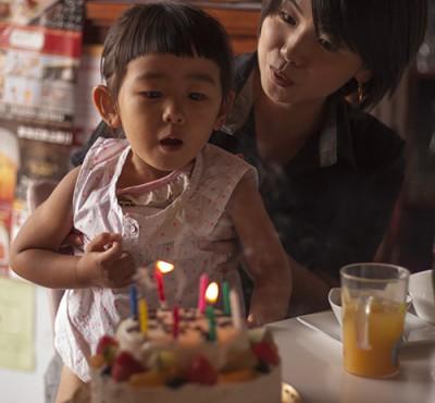 ケーキのろうそく_3379
